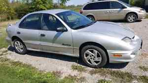 2001 Pontiac sunfire priced to sell