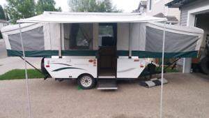 09 Coleman tent trailer