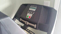Treadmill for sale with programs for weightloss and endurance!!