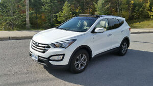 2016 Hyundai Santa Fe 2.4 Sport Luxury SUV LIKE NEW!