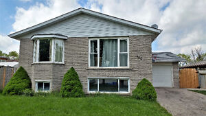 6 Bed/3 Bath Beautiful Raised Bungalow in Forest Heights