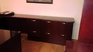 Executive U Shaped Desk side cabinet 2 chairs end table $1500 Kitchener / Waterloo Kitchener Area image 3