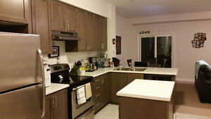 3 bedroom townhouse in grimsby with lake views and fenced yard