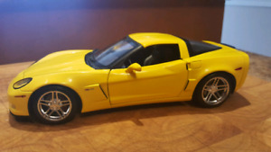 Diecast 1:18 Hotwheels Corvette Z06