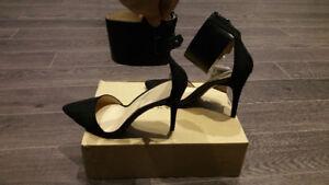 Zara Womens Black Faux Suede D'Orsay Pumps - Size 7.5