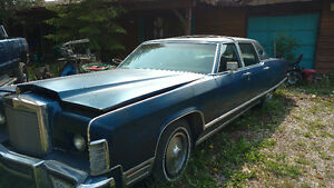 '77 Lincoln Continental Town Car