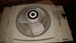 Lasko 2-WAY Exhaust Fan for window