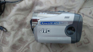 jvc gr-da30us digital video camera $60