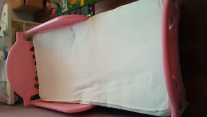 Toddler bed matress and bedding