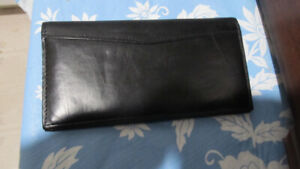 NEW NEVER USED SOFT LEATHER LADIES WALLET