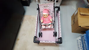 GRACO PLAYPEN AND STROLLER FOR DOLLS WITH DOLL INCLUDED