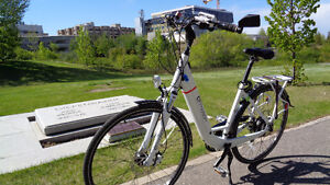 BH E-Motion City Wave MD:  E-Bike/Electric Assist Bicycle