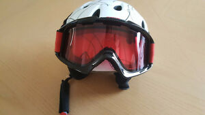 Firefly ski helmet with goggles included - Youth Size
