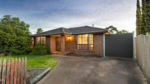 1 room available in lovely home at Hoppers Crossing Hoppers Crossing Wyndham Area Preview