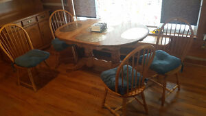 Large Yellow Birch Table, Chairs and Matching Hutch