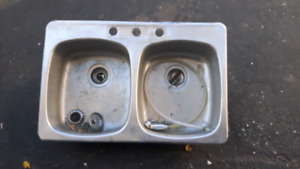 DOUBLE STAINLESS STEEL KITCHEN  SINK FREE!