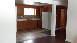 1 bedroom walk-in nice Middle Sackville neighbourhood, heat incl
