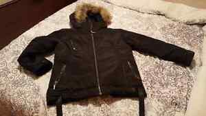Winter jaket size M  good for 10 to 12 years old boys
