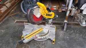 "12"" dewalt sliding  mitre saw"