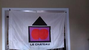 Drapeau Le Château et plaque auto Le Château