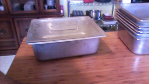 5 litre stainless steel buffet pan with heavy plastic lid