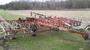 Kongskilde 18ft Cultivator and White 18ft Disk