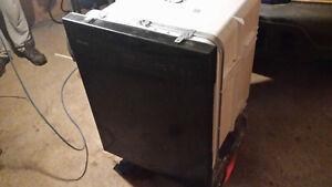 30 inch black frigdaire dishwasher