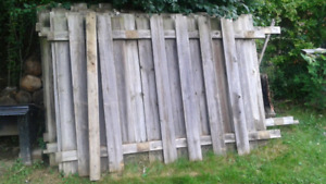 7 6×8 sections of fencing