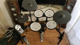 Roland TD-11KV Electric Drum kit , Mesh Heads