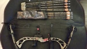 PSE Stinger 3G Right Handed Compound Bow with Accessories