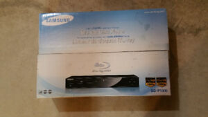 Samsung BD P1500 Blue Ray disk player brand new