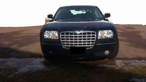 PRICE DROP!!! 2005 Chrysler 300-Series Sedan