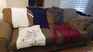 Thyme and Motherhood Maternity clothing lot