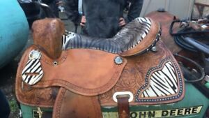 Beautiful Western Double T Saddle for sale