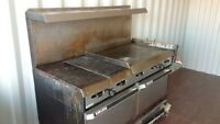 GARLAND COMMERCIAL PROPANE GRILL & DUAL OVEN - WORKS GREAT