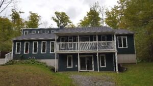 10 Minutes Outside of Arnprior - House for Rent - $1700/month