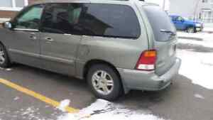 2010 ford windstar 2000$
