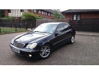 Mercedes-Benz C Class 2.1 C220 CDI Avantgrade SE 4 dr Full Service Historty Full Leather Navi Parrot