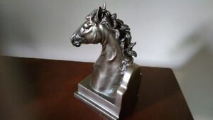 Bronze horse head statue 9 in high by 5 in wide 5 LBS Brampton