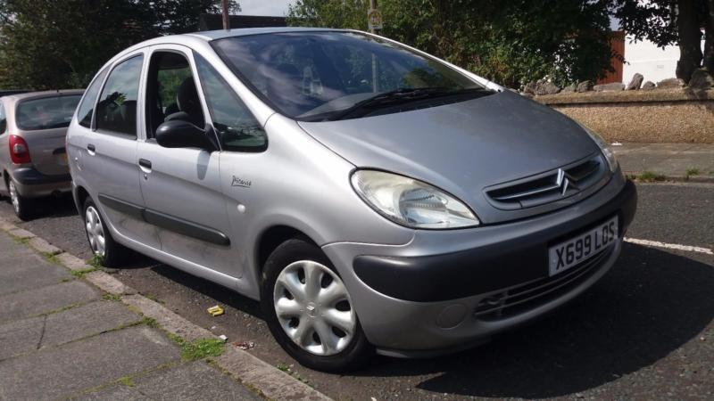 2000 x citroen xsara picasso 2 0 hdi lx mot august 2017 2 keys great runner in lancaster. Black Bedroom Furniture Sets. Home Design Ideas