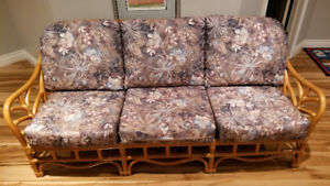 4pc Rattan Set, Couch, Chair and 2 Tables