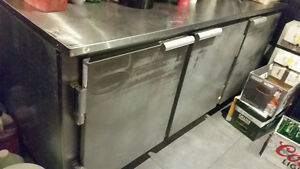 6 feet bar fridge