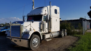 2006 FREIGHTLINER CLASSIC, MANY NEW PARTS