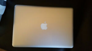 Mid 2012 Macbook Pro in great condition