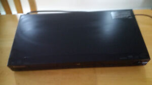 Pioneer DVD player with USB port