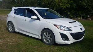 2011 Mazda 3 Sport Loaded!