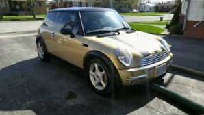 2004 mini cooper seven edition Trade for boat