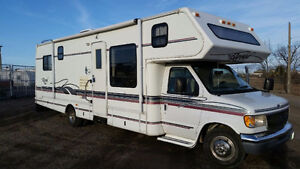 For Rent: RV Glendale Royal Classic 32' Class C