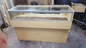 free display cases