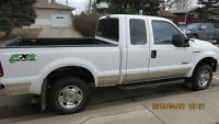 2005 Ford F-250 XL Pickup Truck